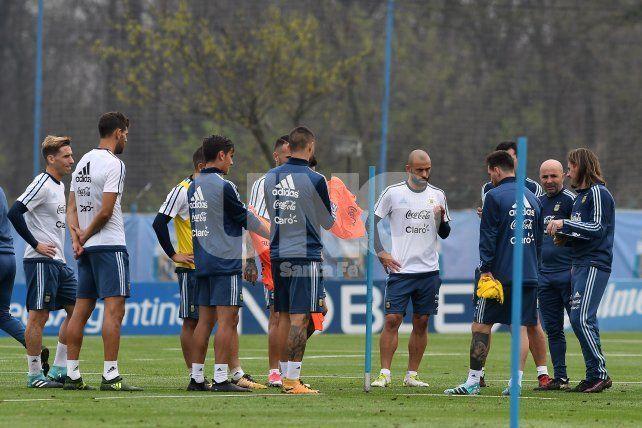 Sampaoli empieza a perfilar el equipo que recibirá a Venezuela