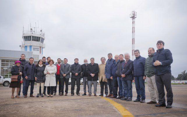 Emilio Jatón recorrió las obras del aeropuerto de Sauce Viejo