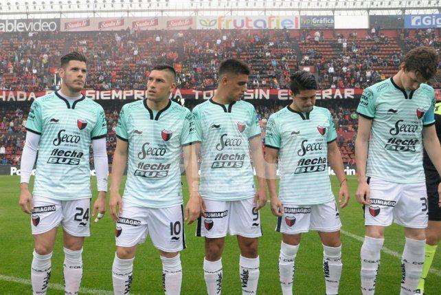 Colón inició la semana con una alta y con una baja que preocupa a Domínguez
