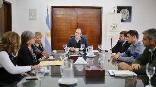 Municipio y Nación pavimentarán 10 cuadras en el entorno de las torres Procrear