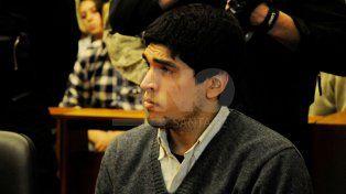 El día del acuerdo. Feruglio mira al tribunal que homologó el acuerdo, detrás, su expareja, Romina Dusso.