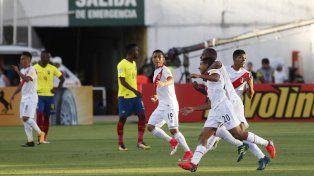 Perú se llevó tres puntos de oro desde la altura de Ecuador