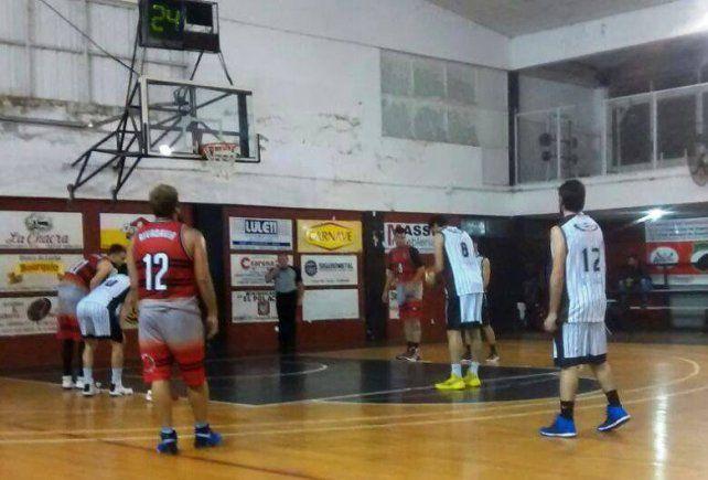 Rivadavia se quedó con el duelo de punteros en el Torneo Oficial