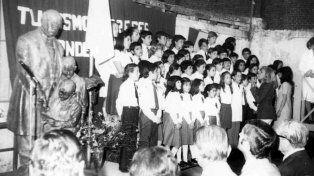 Postales de los 110 años de la escuela Sarmiento