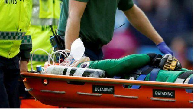 La brutal patada al arquero del City que preocupó al mundo del fútbol