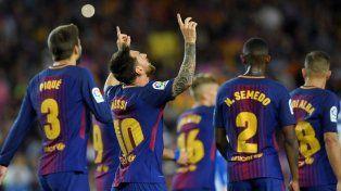 Tres goles de Messi para la goleada de Barcelona en el clásico ante Espanyol