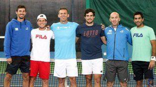 El equipo argentino de Copa Davis trabajó con plantel completo en Astana