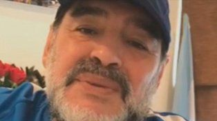 Maradona en Instagram: Alario y Benedetto son cinco Icardi