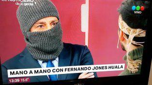 Polémica por la entrevista de un Nicolás Repetto encapuchado a Fernando Jones Huala