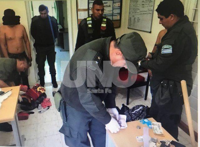 Los pasajeros trasladaban la droga en sus cuerpos