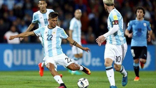 Dybala: Es difícil jugar con Messi en la Selección