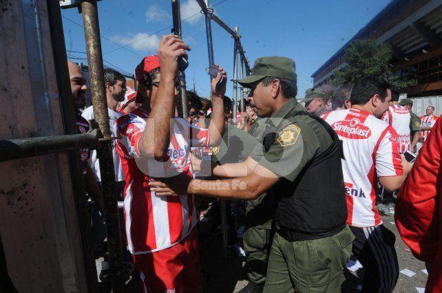 Duro comunicado de Unión tras los incidentes en el partido ante Gimnasia