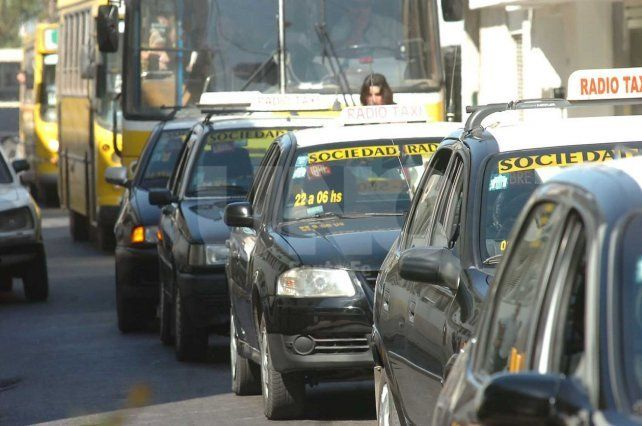 Imputaron a un joven investigado por tres robos a taxis de la ciudad de Santa Fe