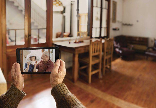 Adultos mayores: finaliza este jueves la inscripción al programa +Simple