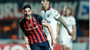 San Lorenzo venció de local a Lanús y sacó ventaja en busca de la semifinal