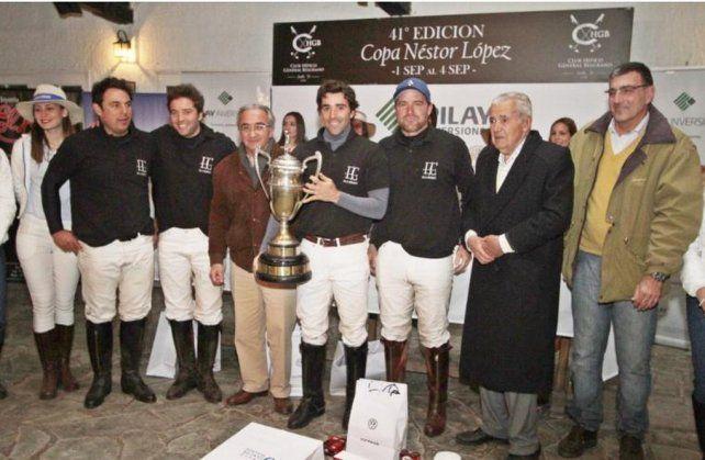 Presentan la Copa Néstor López