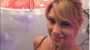 ¿Qué le pasó en la cola a Mónica Farro?