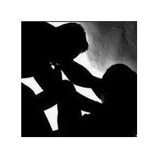 Imputaron a un hombre por agredir y abusar sexualmente de su pareja en Santa Fe