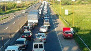 Ruta 1 y 168: proponen un servicio de grúa especial para remover los vehículos siniestrados