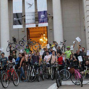 en bici, a pie o en colectivo: hoy es un dia sin autos ni motos en santa fe