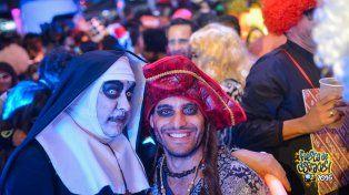 UNO te lleva a la Fiesta de Disfraces de Paraná!!!!!