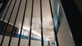 Prisión preventiva para un hombre que robó durante una salida transitoria
