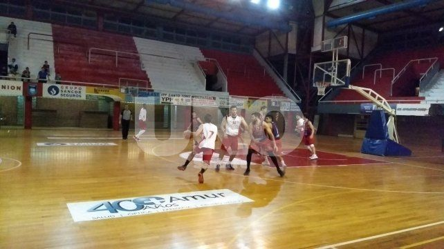 Unión sumó su cuarto amistoso con triunfo ante Olimpia de Paraná