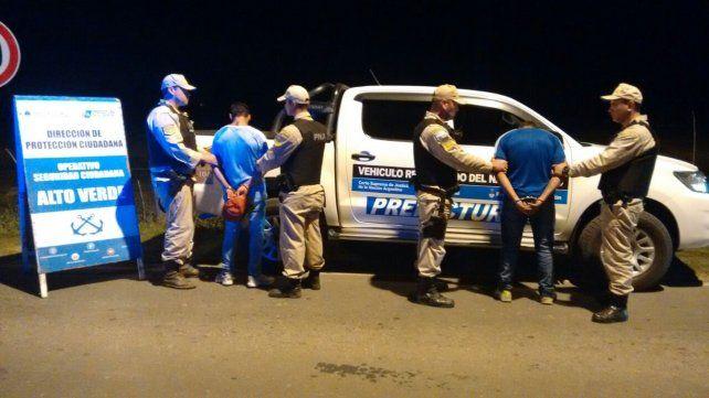 Alto Verde: cayeron presos dos muchachos con marihuana en un control de Prefectura Naval