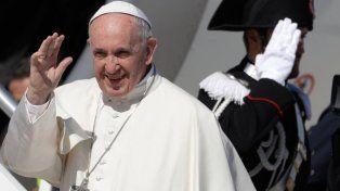 A ver al Papa... y de shopping: ¿cuánto le sale a un santafesino una estadía en Chile?