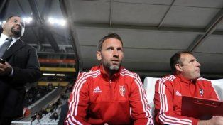 Bernardi asume como nuevo técnico de Estudiantes