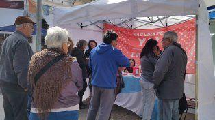 Se aplicaron más de 400 vacunas durante una campaña gratuita realizada en la ciudad de Santa Fe