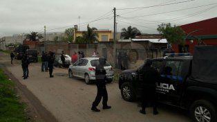 Se realizaron 11 allanamientos simultáneos en Esperanza y hay detenidos