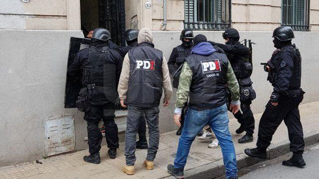 Tras una redada cayeron tres violentos sujetos armados hasta los dientes