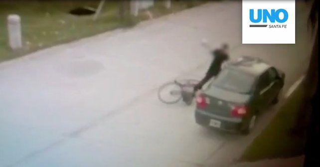 Impactante video: así roban autos en barrio Judiciales