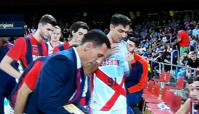 Baskonia perdió con Barcelona en el estreno de Delfino