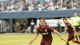 En Uruguay quieren los goles de Pepe Sand