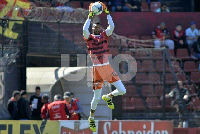 Célico: Alexander Domínguez será citado en las próximas Eliminatorias