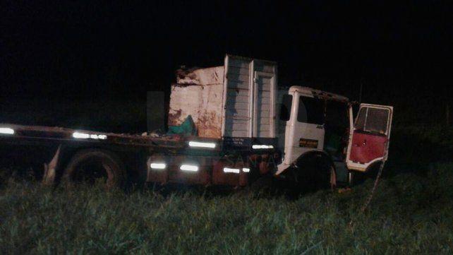 Un camionero falleció luego de chocar de frente con otro camión