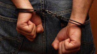 Lo condenaron a diez años de prisión por abusar de la hija de su concubina