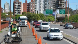 Demoras en el tránsito de la ruta 168 por la obra del Puente Oroño