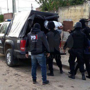 cuatro detenidos por aterrorizar a vecinos de barrio barranquitas