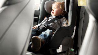 sera obligatorio el uso de las sillas para bebes y ninos menores de 10 anos en autos