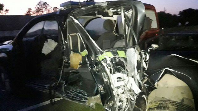 Policías de Seguridad Vial  protagonizaron un accidente en la autopista Santa Fe-Rosario