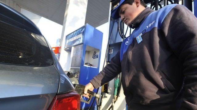 YPF se sumó a los aumentos y ahora el litro de nafta Infinia casi llega a los $31