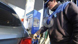 Se suspendió el aumento de nafta tras un pedido del Gobierno