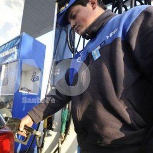 estacioneros de santa fe preven que la nafta suba luego de las elecciones