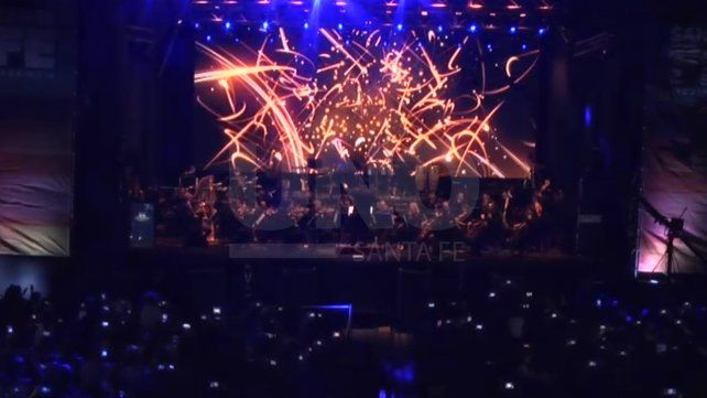 Mirá en vivo: Los Palmeras y la Filarmónica en la costanera santafesina