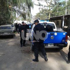 Locura a la salida del boliche: balearon a un joven desde un auto en Rincón