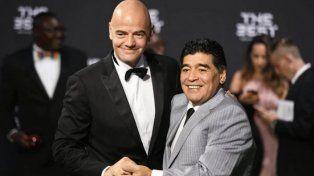 Infantino elige a Maradona por encima de Messi