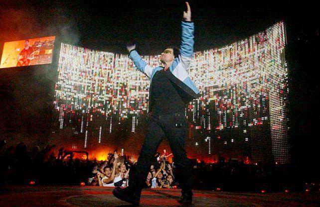Bono, líder de U2: Gracias, Lionel Messi, Dios existe